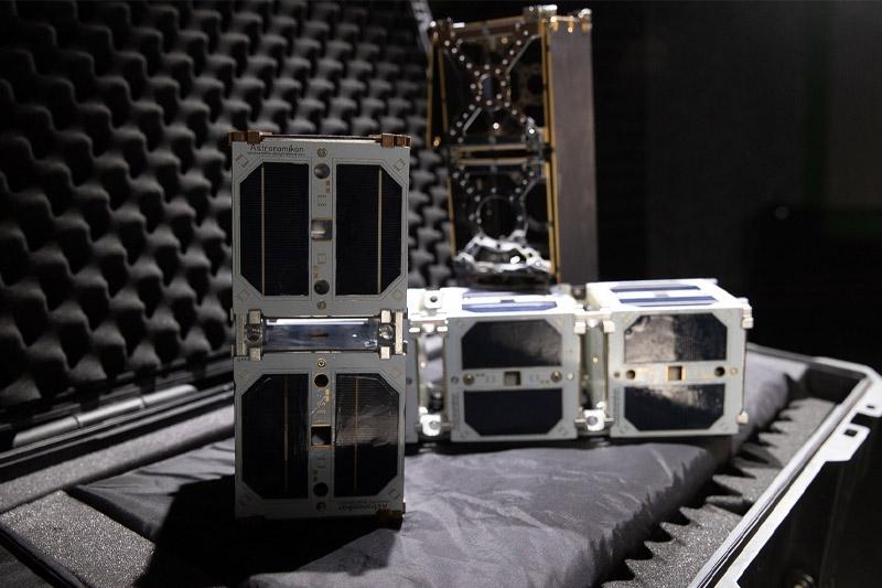 Два наноспутника проекта