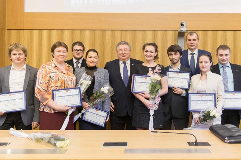 Награждение лучших научно-педагогических работников Санкт-Петербурга