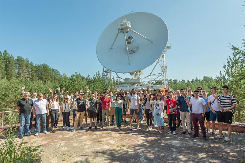 Экскурсия на радиотелескоп в Светлом в рамках международной летней школы