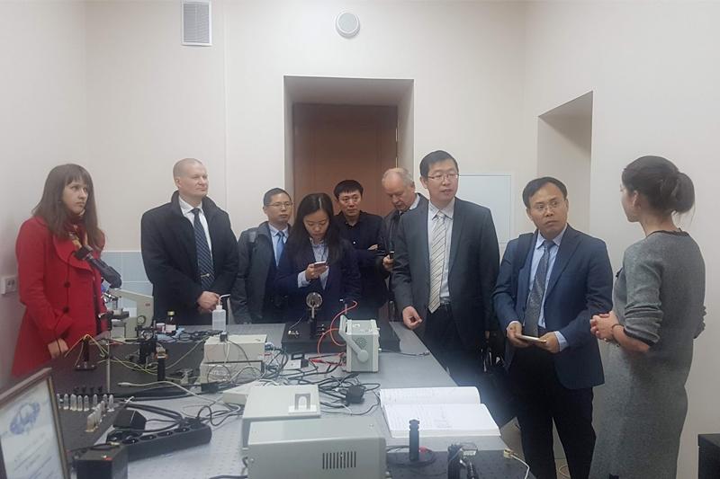 Визит делегаций в ИФНиТ в рамках сотрудничества с Китаем