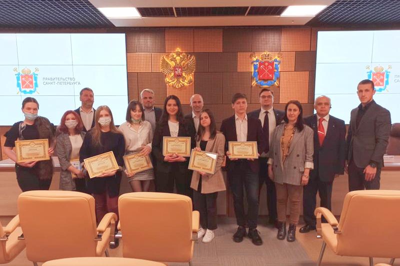 Рыжова Дарья стала победительницей региональный этап олимпиады по истории российского предпринимательства