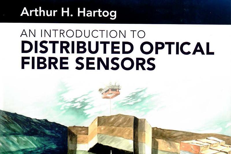 Достижения научной лаборатории под руководством Лиокумовича Л.Б. высоко оценили в монографии по распределенным волоконно-оптическим датчикам