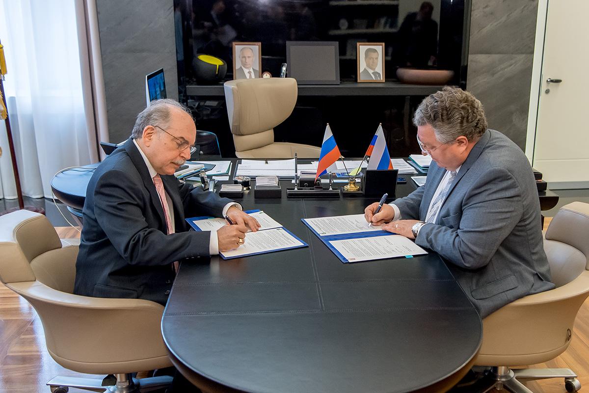 Политех и Международный союз электросвязи заключили соглашение о сотрудничестве