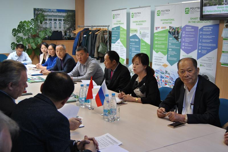 Представители ВШПФиКТ обсудили дальнейшее сотрудничество с руководителями компаний провинции Цзянсу (КНР)
