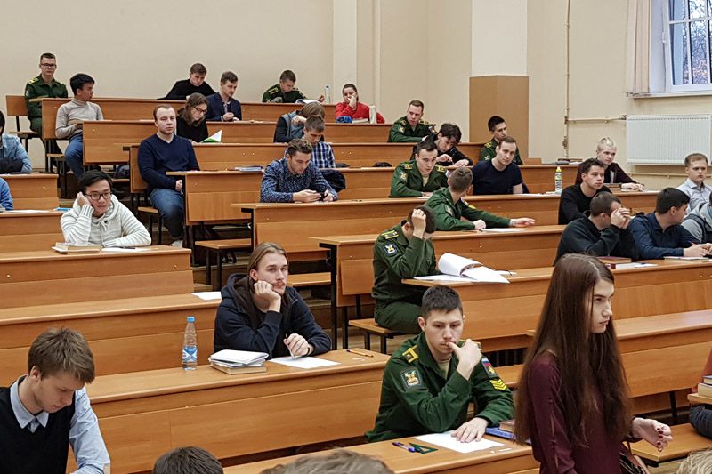 Участие наших студентов в олимпиаде по радиотехнике